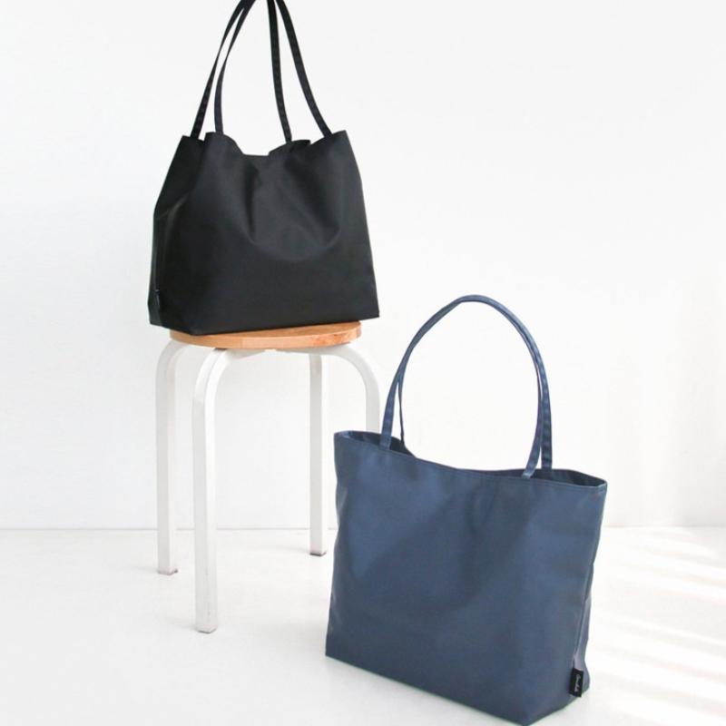 OEM 訂製日系經典側背包介紹,適合上班族,也可當作媽媽包使用